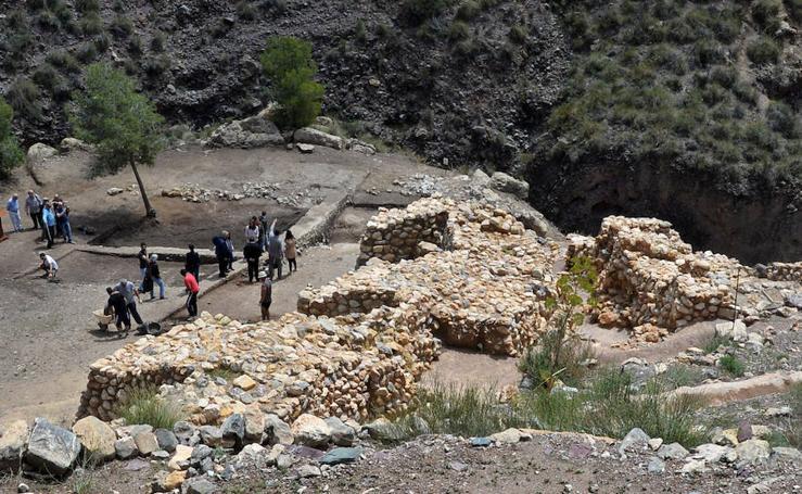 Las excavaciones en La Bastida arrancan de nuevo