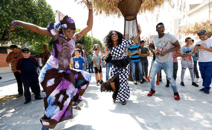 Ritmos africanos para acercar a los murcianos la realidad de un continente