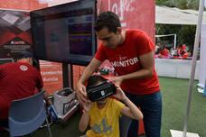 Centenares de personas visitan la Plaza Circular de Murcia para celebrar el Día de Internet