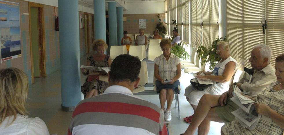 Salud pide a los desplazados a la costa que se empadronen para mejorar la gestión