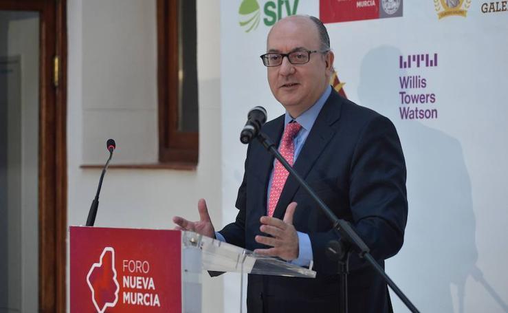 Los desafíos de la banca del siglo XXI en el Foro Nuevo Murcia