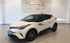 Labasa entrega el primer Toyota C-HR para el servicio de taxi