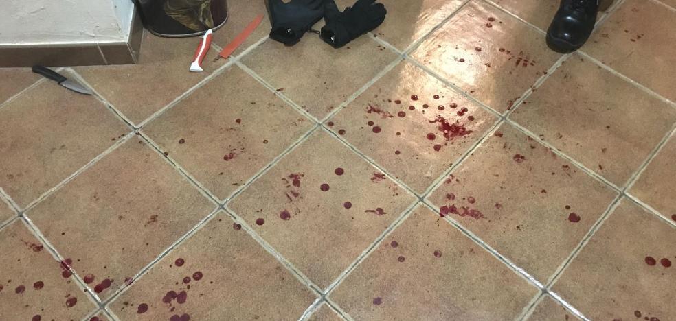 Detienen en Santomera a una mujer que trató de matar a su pareja y sus hijos