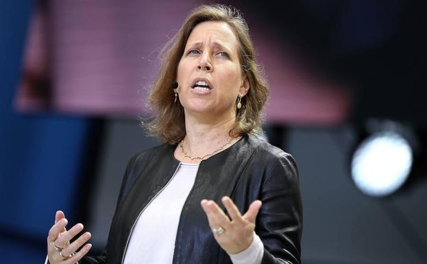 Susan Wojcicki, CEO de YouTube, da una conferencia.