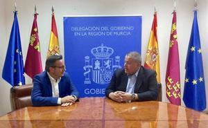 Bernabé y Conesa ultiman el traspaso de funciones al frente de la Delegación del Gobierno
