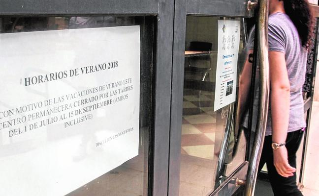 Los centros de salud cerrarán por la tarde tres meses