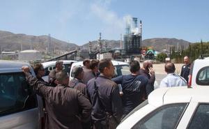 El Ayuntamiento acusa a Repsol de «falta de información» tras la fuga de la refinería