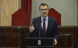 Ballesta afirma que se atenderá la llegada de refugiados del 'Aquarius'