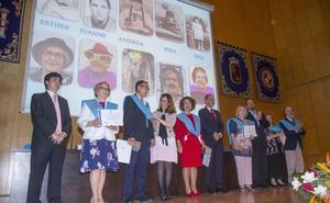 Graduados a los sesenta