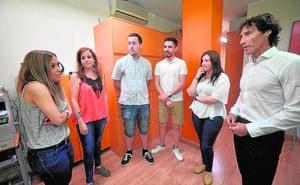 Los enfermeros con experiencia en el extranjero acusan al SMS de «discriminación» en el baremo