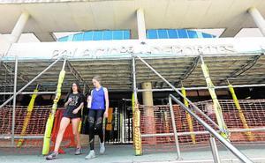 El Ayuntamiento quitará todas las placas exteriores del Palacio de los Deportes