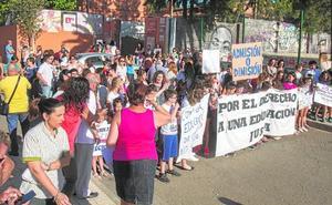Protestas en el colegio de Lapuerta por la pérdida del bilingüismo al pasar a la ESO