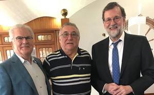 Rajoy toma posesión de su registro en Santa Pola