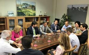 López Miras exige al Gobierno conservar los plazos en las obras del último tramo de la A-33
