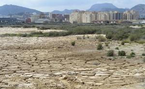 Castejón compra terrenos en El Hondón para «desarrollarlo urbanísticamente sin ataduras»