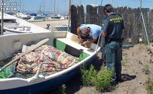 Decomisan dos embarcaciones utilizadas para pescar ilícitamente en el Mar Menor