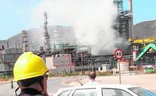 Repsol admite ahora «posibles errores» en la fuga y la alcaldesa, un déficit de «coordinación»