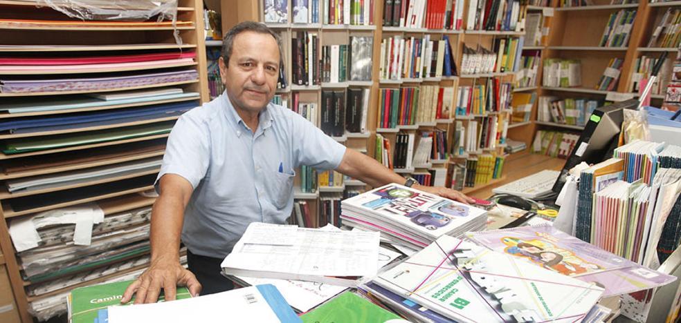 Los libreros piden al TSJ que paralice la ley de gratuidad de los manuales de texto