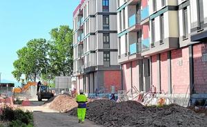 Las obras en San Fernando no pararán en verano para que los vecinos vuelvan en octubre