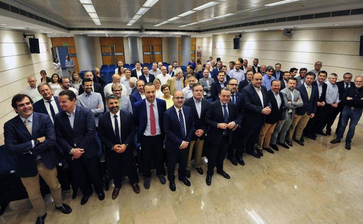 Los empresarios califican de «ambiguo e incongruente» el acuerdo de la Asamblea sobre el AVE