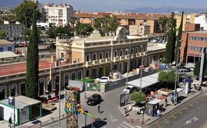 Adif abre un punto de información ciudadana en la estación de El Carmen