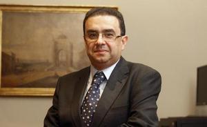 Francisco Robles gana el Ateneo de Sevilla con 'El último señorito'