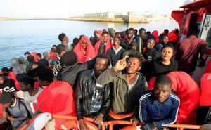 Ya son 141 los inmigrantes rescatados hoy en aguas del Estrecho