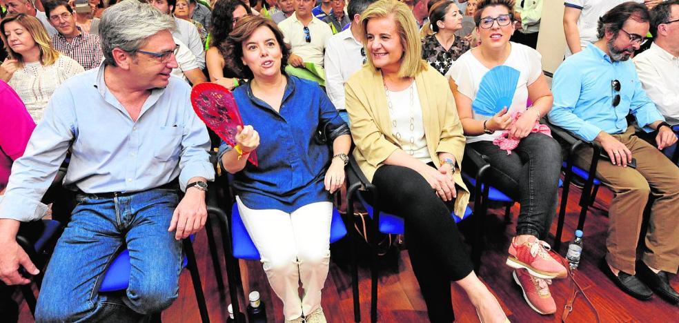 Sáenz de Santamaría: «No sabe el ministro Ábalos la que le ha caído»
