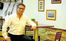 Cordero negocia con la plantilla del Lorca para evitar el descenso