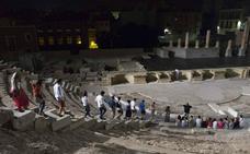 Visita al Teatro Romano a la luz de la luna