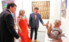 Dora Catarineu pasa revista a 30 años de su obra en el Muram de Cartagena