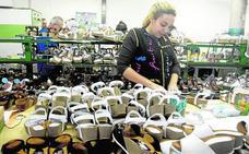 La exportación de calzado acelera su declive ante la caída de pedidos de EE UU