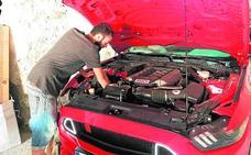 Los coches 'vintage' calientan motores