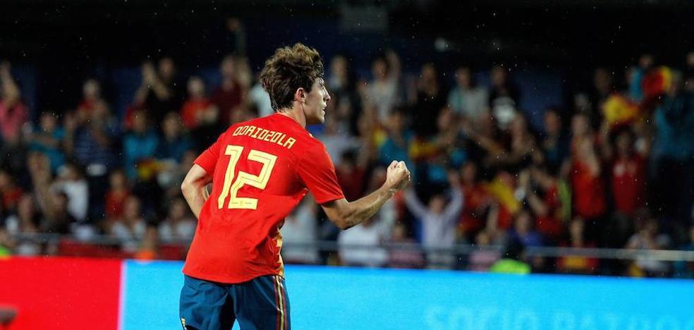 El Madrid recluta a Odriozola para que compita con Carvajal