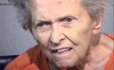 Detenida en EE UU una mujer de 92 años por matar a su hijo, que quería internarla en un asilo