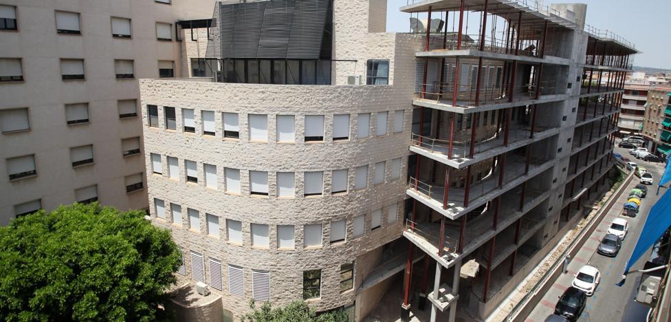 Una avería deja sin aire acondicionado a los pacientes de la UCI del Morales Meseguer