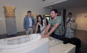El Teatro Romano estrena un sistema para mejorar las visitas de las personas invidentes