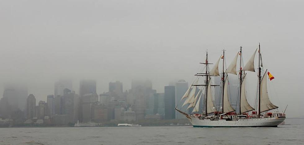 La Fiscalía pide hasta cinco años de cárcel a seis marineros del buque Elcano