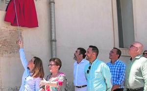 María Cascales: «No habría recibido este alto honor sin el estímulo de mi familia»