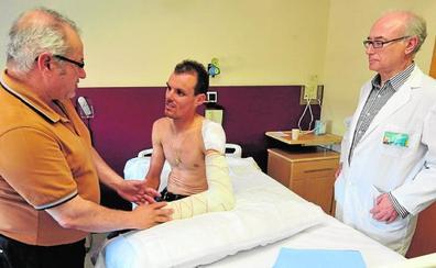 Luis León, operado con éxito de una fractura de codo y cuatro costillas