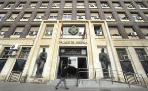 Pillan a un ladrón que dejó sus huellas en la casa a la que entró a robar en Murcia