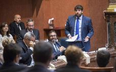 López Miras acusa a Fomento de «inventar y mentir» para retrasar proyectos