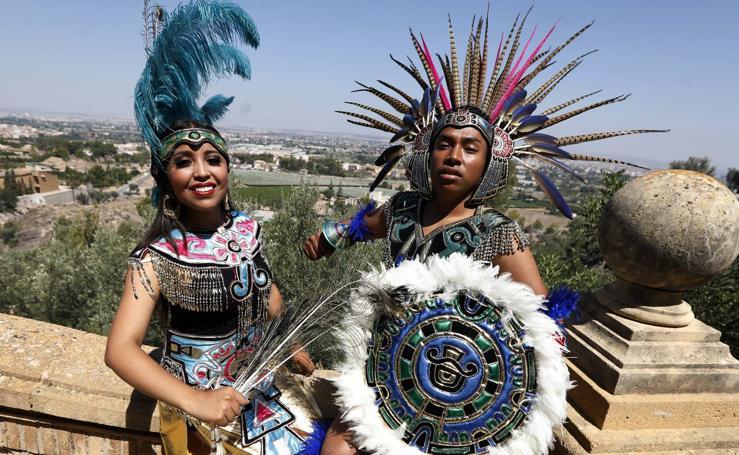 Los grupos de folclore visitan el Santuario