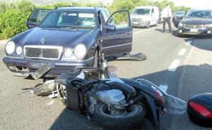 El impactante vídeo del accidente de moto de George Clooney