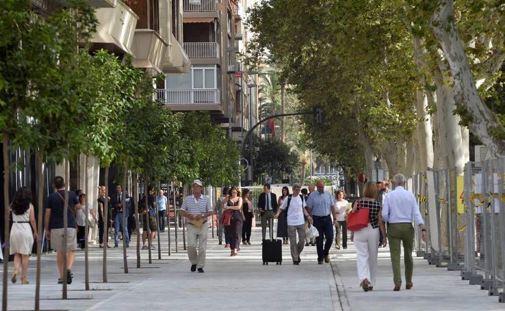 Abierto a los peatones un lateral del paseo Alfonso X