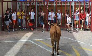 Encierro limpio y con emoción en las calles de Moratalla
