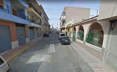 Coge en el aire a un niño de tres años que se precipitó desde un segundo piso en Mazarrón