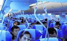 Un piloto siembra el caos al encenderse un cigarro en pleno vuelo