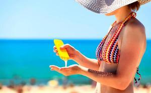 ¿Se puede utilizar la crema solar del año pasado? Esta es la respuesta de la OCU