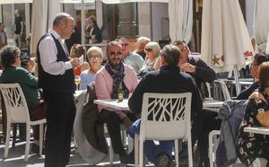 El sector servicios aumenta un 4,8% sus ventas en mayo en la Región
